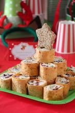 Το χριστουγεννιάτικο πάρτι μας με θέμα το Ρούντολφ! - The one with all the tastes