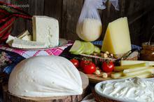 Φτιάχνουμε Παραδοσιακό Τυρί- ΦΕΤΑ, στην κουζίνα του σπιτιού μας
