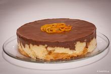 Τούρτα τσουρέκι με κρέμα σοκολάτας-μανταρίνι