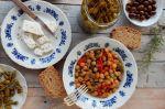 Λεμονάτα ρεβίθια με μανιτάρια, δεντρολίβανο και κάρυ, της Χρυσαυγής Μπόμπολα