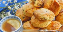 Μπισκότα με Χαλβά & Σταφίδες