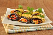 Eggplant rolls stuffed with vegetables - Recipes - Chefoulis