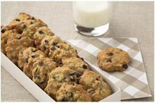 Μπισκότα με βρώμη, καρύδια & σταφίδες