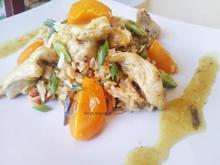 Μαροκινό κοτόπουλο με βερίκοκα και πιλάφι λαχανικών Agrino Bistro