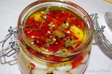 Σκόρδο τουρσί/Pickled Garlic