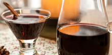 Συνταγή: Γκλούβαϊν, κόκκινο κρασί με κανέλα, γαρίφαλλο, μπαχάρι, ζάχαρη, πορτοκάλι