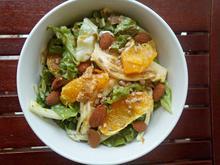 Σαλάτα με σγουρό μαρούλι, φινόκιο, πορτοκάλι και vinaigrette ελιάς
