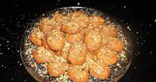 Ζουμερά Μελομακάρονα με Σιμιγδάλι Greek Christmas Honey Syroped Cookies,with Semolina