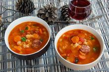 σούπα με φασόλια και λουκάνικο/Bean And Sausage Soup