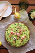 Τριπλά σοκολατένιο κέικ με φουντούκι - The one with all the tastes