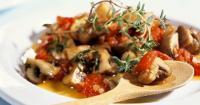 Μανιτάρια φούρνου με κόκκινη σάλτσα - Lovecooking.gr
