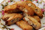 Τα ιταλικά: καντουτσίνι ή μπισκότα του Πράτο, της Μαρίνας Μαυρομάτη