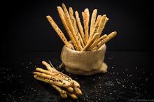 Whole Wheat Grissini with Greek Herbs - Κριτσίνια Ολικής με Ελληνικά Μυρωδικά - The Healthy Cook