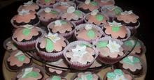 Cupcakes  και μπισκότα  μόνο φωτό