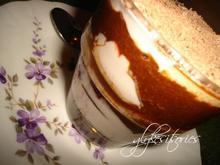 Επιδόρπιο με κρύα κρέμα και σοκολατένια μπισκότα με άρωμα εσπρέσο!