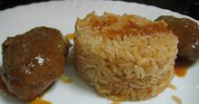 Σουτζουκάκια με ρύζι