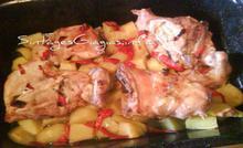 Κοτόπουλο με πιπεριές στο φούρνο |