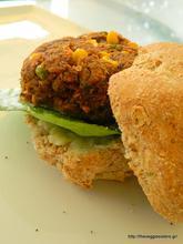 Πεντανόστιμα μπιφτέκια λαχανικών κ ρυζιού – Delicious rice veggie burgers