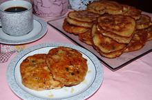 Τηγανίτες με σταφίδες και λευκή σοκολάτα/White Chocolate-Raisin Pancakes