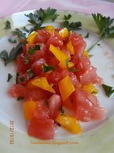 Ταρτάρ ντομάτας και κίτρινης πιπεριάς
