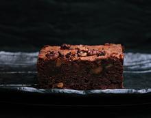 Μπράουνις (brownies) με καρύδια χωρίς γλουτένη