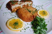 Συνταγή: Ριζότο με κρεμμύδι, σκόρδο, λευκό κρασί, παρμεζάνα, αρακά, μοσχάρι, πομοντόρια, μοτσαρέλα, γαλέτα, αβγά, γάλα
