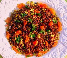 Σαλάτα με φακές μπελούγκα, βερίκοκα και φιστίκια Αιγίνης- Beluga lentil salad with dried apricots and pistachios