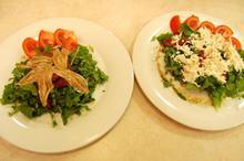 Συνταγή: Σαλάτα με σπανάκι, ρόκα, μπαλσάμικο, ντομάτα, μυζήθρα, γαύρο