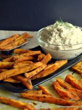 Spicy sweet potato fries with cashew cream