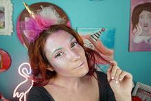 Πως να κάνεις αποκριάτικο μακιγιάζ Μονόκερο και DIY στέκα!