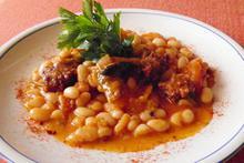 Φασολάδα με μανιτάρια και σουτζούκι - Συνταγές Μαγειρικής - Chefoulis