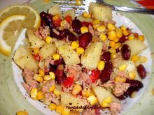 Κρύα πατατοσαλάτα με τόνο και κόκκινα φασόλια