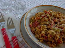 Αβγά στραπατσάδα με καλοκαιρινά λαχανικά και φέτα...