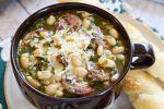 Η σούπα της Δευτέρας: φασολάδα μεν αλλά..., της Αναστασίας Λαμπρία