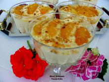 Μους ροδάκινο με καραμελωμένα ροδάκινα σε ποτήρι... καλοκαιρινή δροσιά με συναρπαστική γεύση