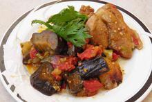 Χοιρινό με μελιτζάνες και πιπεριές - Συνταγές Μαγειρικής - Chefoulis
