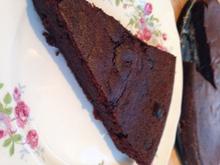 Εύκολο υγρό κέικ σοκολάτας