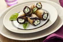 Μελιτζάνες ρολάκια με τυρί - Συνταγές Μαγειρικής - Chefoulis