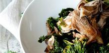 Συνταγή: Μανιτάρια με λάχανο, λευκό κρασί, βούτυρο, ελαιόλαδο, σκόρδο, σάλτσα σόγιας