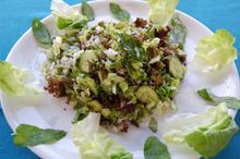 Συνταγή: Σαλάτα με μαρούλι, αγγούρι, πιπεριές, άνηθο, δυόσμο, μαραθόριζα