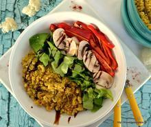Spicy cauliflower rice salad