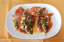 Συνταγή: Κουτσομούρες με ντομάτες, κόρδο, κρασί, μαϊντανό