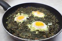 Αυγά με σπανάκι - Συνταγές Μαγειρικής - Chefoulis