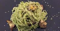Σπαγγέτι με μελιτζάνες και pesto kale & φρέσκιας ρίγανης - Spaghetti with eggplants and kale and fresh oregano pesto - Lovecooking.gr