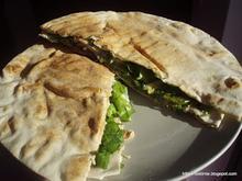Η σαλάτα τυλίχτηκε με την αράβικη!!!