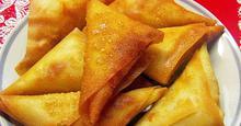 Τυροπιτάκια τρίγωνα τηγανιτά ή ψητά