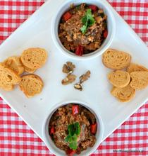 Eggplant spread with red pepper and walnuts