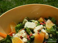Πράσινη σαλάτα με πορτοκάλι και Wensleydale-Green orange scented wensleydale cheese salad