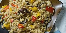 Συνταγή: Μύμα, κοτόπουλο και συκωτάκια πουλιών με πράσα, μύδια, γαρίδε, πλιγούρι, σαφράν