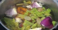 Σπιτικός ζωμός λαχανικών - Lovecooking.gr